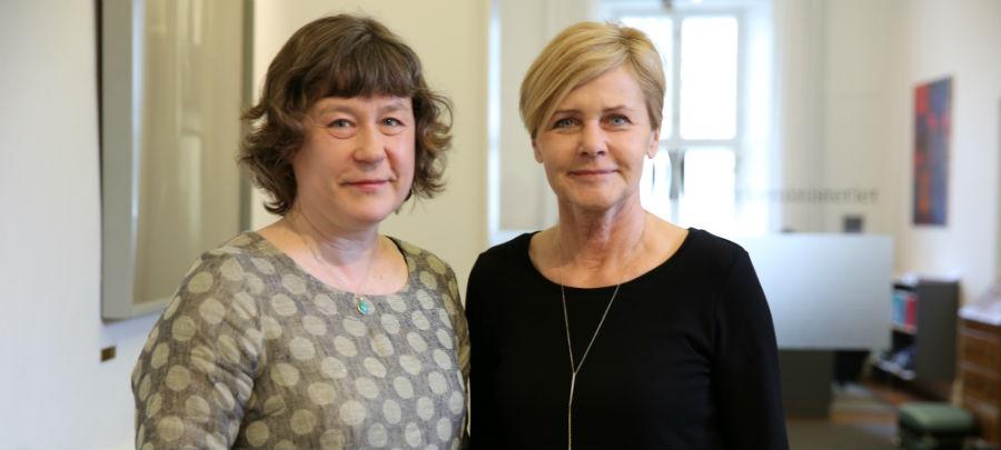 Søstrene Bisp slår teser op - Mette Bock