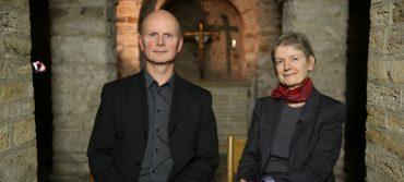Søstrene Bisp slår teser op - Gert Tinggaard Svendsen